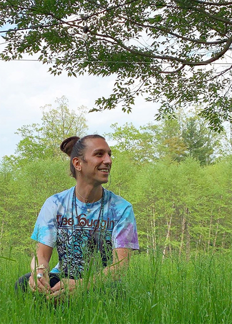 Meet our chic hippie-in-residence Niko Liakaris - And pick up some zero waste tips!