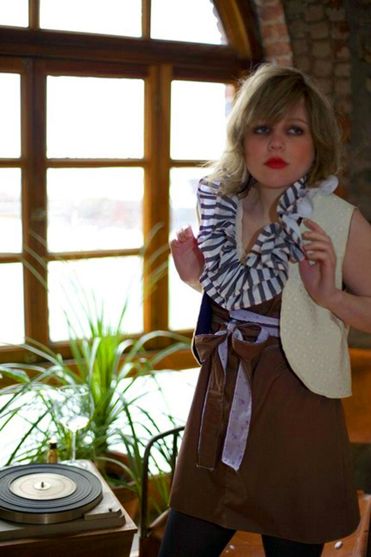 85-dress_3222923795_o.jpg