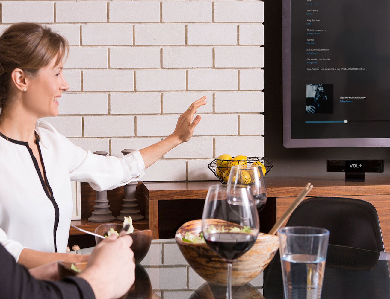 singlecue-Gesture-Control-for-Your-Home-Entertainment-Devices-04.jpg