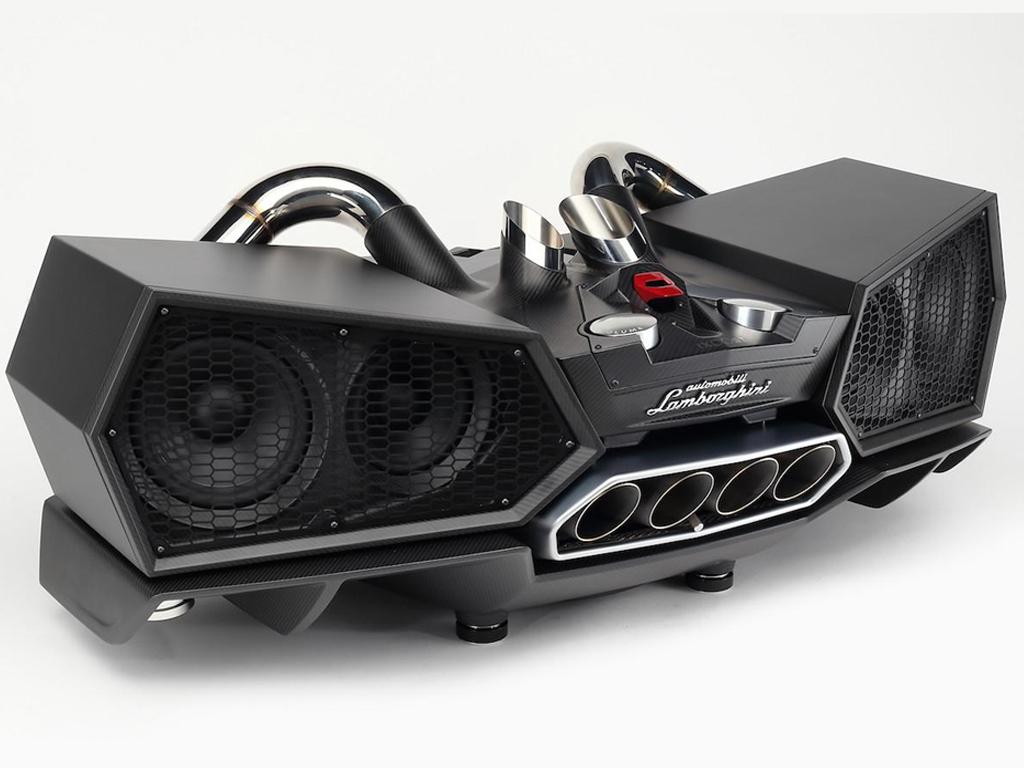 Esavox Carbon Fiber Lamborghini - The speakers that crafted with genuine Lamborghini parts designed by Lamborghini.