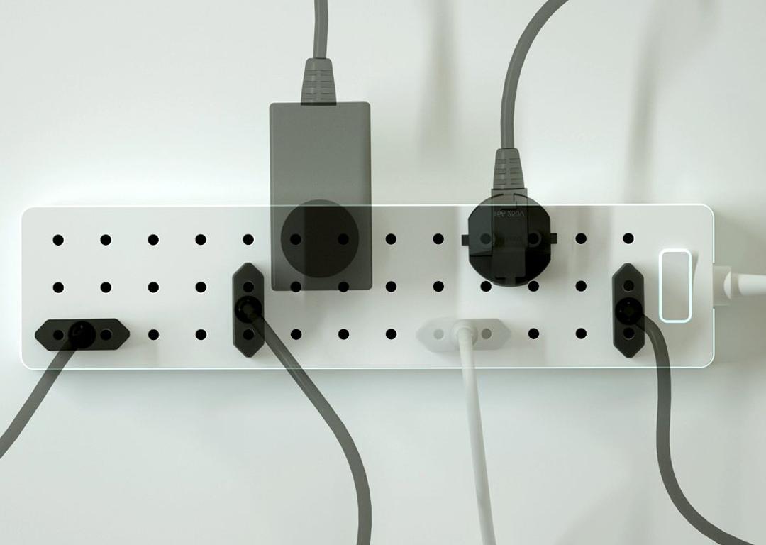 Pick your Plug Frillstash.jpg