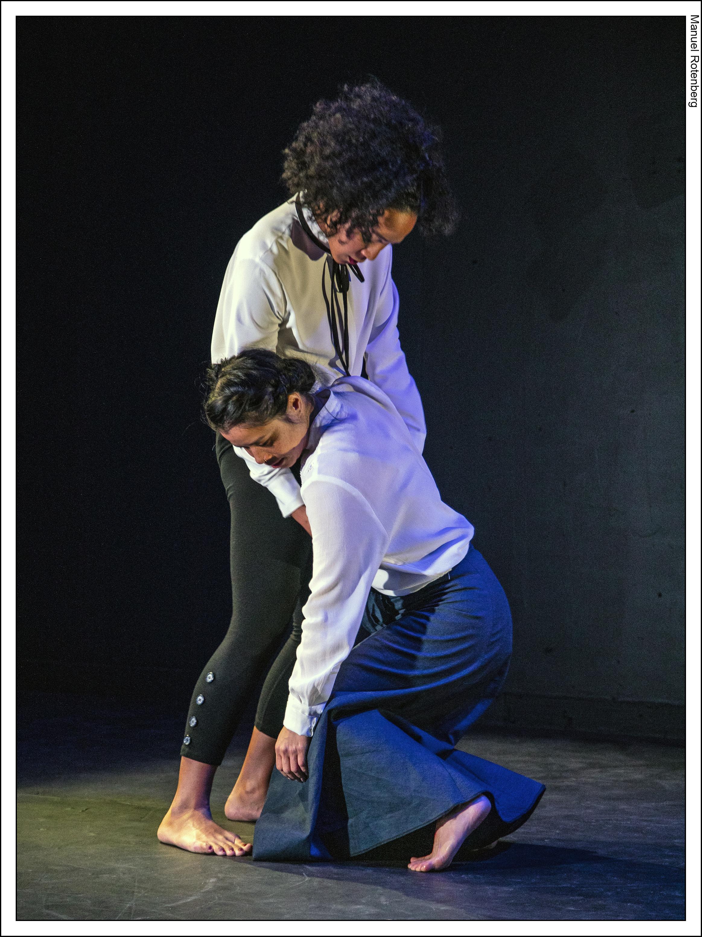 LITVAKdance. Photo credit Manuel Rotenberg