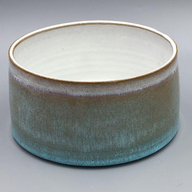 Large bowl with fast cooled chun and pale blue glaze  #clay #pottery #handmade #ceramics #ceramicart #wheelthrown #ceramicart #contemporaryceramics #instaceramics #theclaystudiophl  #chuckmorrisceramics