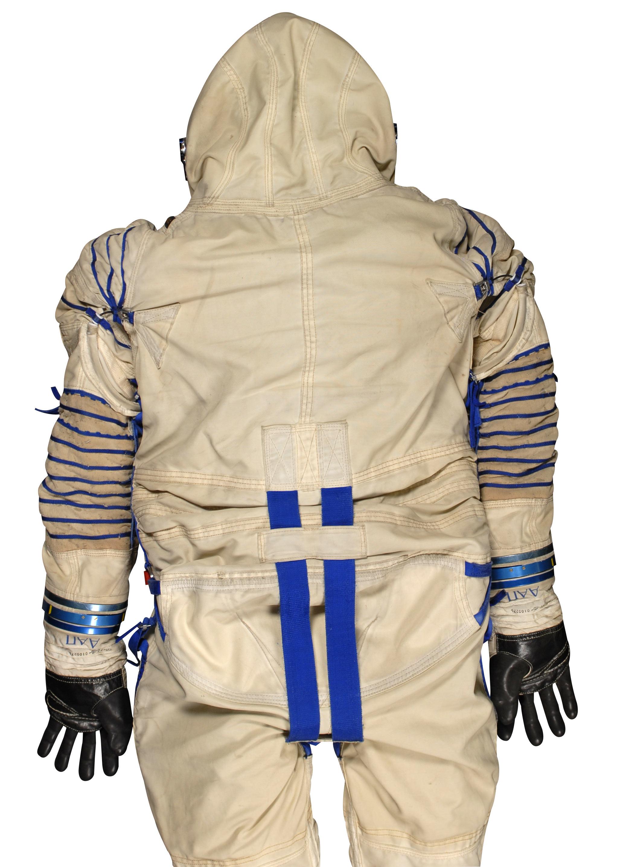 Soviet Space Suit III.jpg