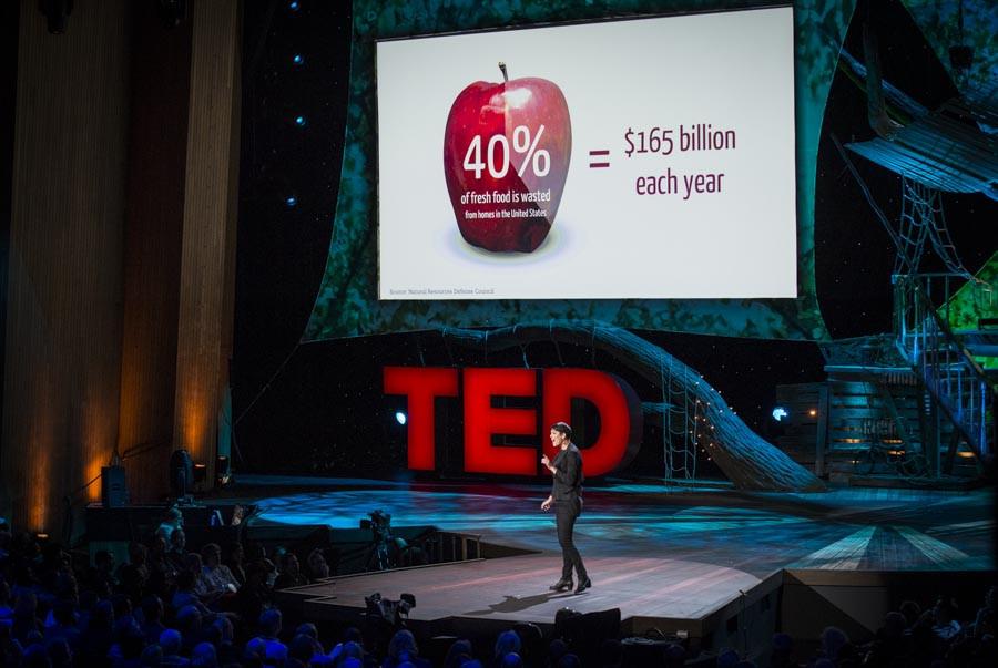 TED mainstage Leyla.jpg