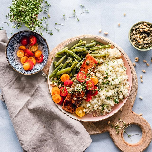 What's your favorite way to prepare the OMGega-Good-Alaskan-Red-Gold, aka wild-caught salmon? We like to keep it simple. Veggies, quinoa or couscous and we are set. We'd love to hear all your faves! Please share, always need new recipe inspiration.