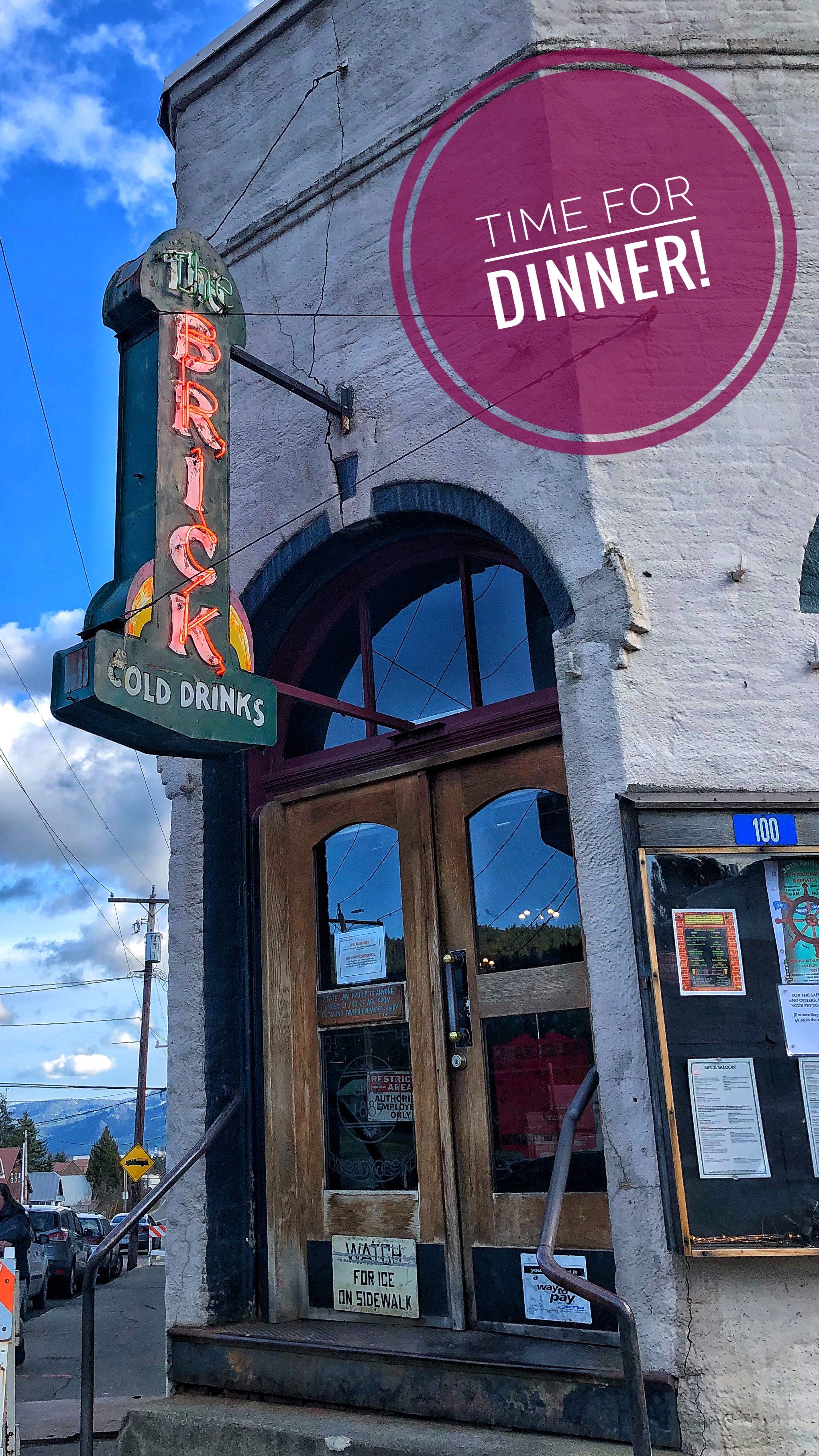 The oldest operating saloon in Washington state. You gotta sit at the bar here.