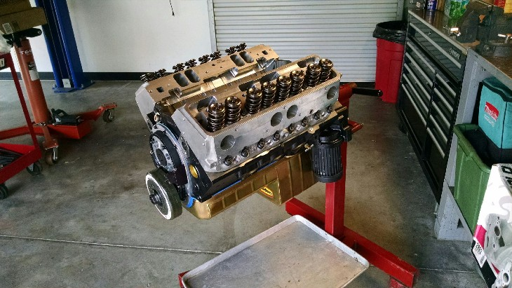 engine-on-stand-.jpg