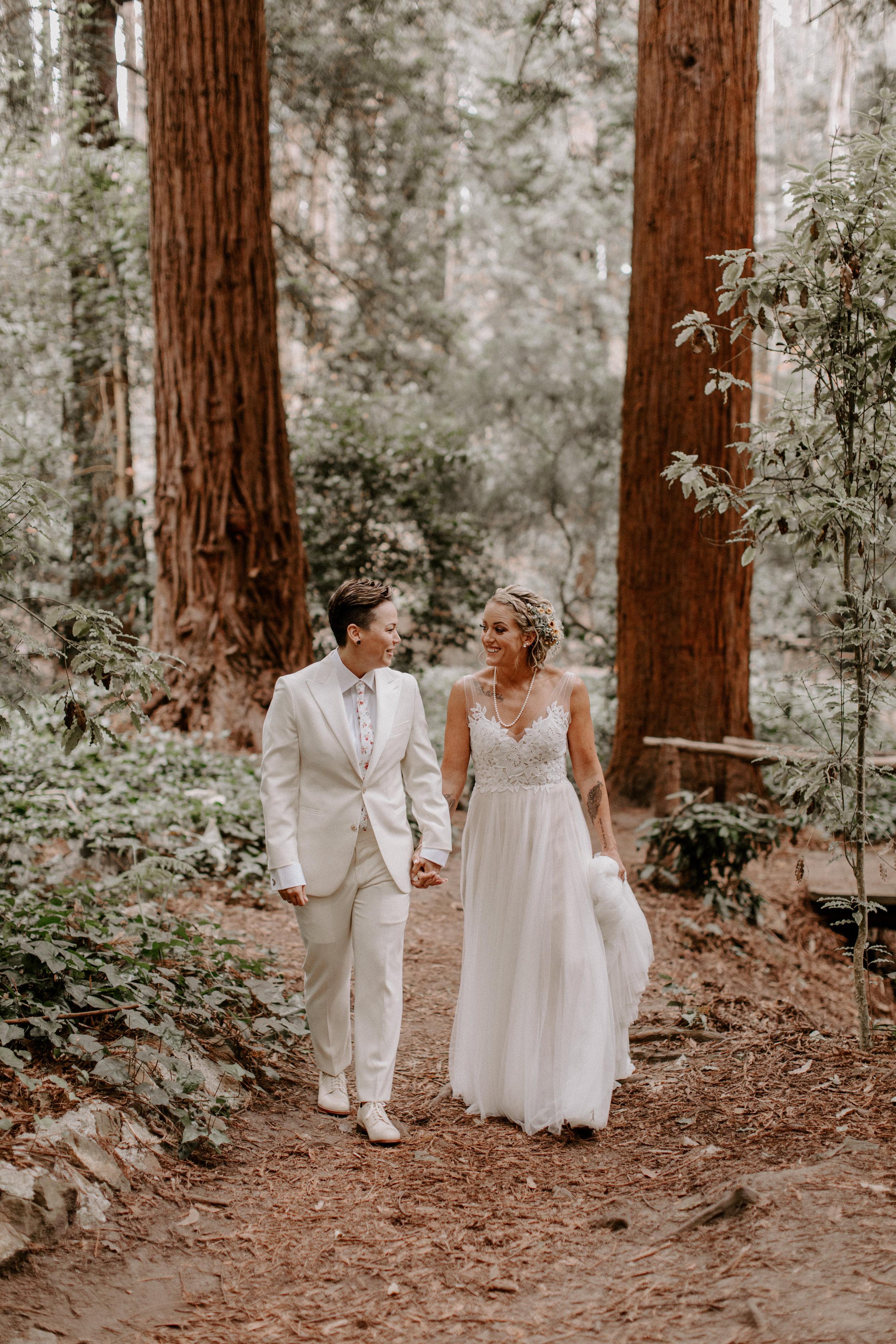 Kelly_+_Megan_Stern_Grove_Trocadero_Clubhouse_San_Fransisco_Wedding_Ellie_Cole-195.jpg