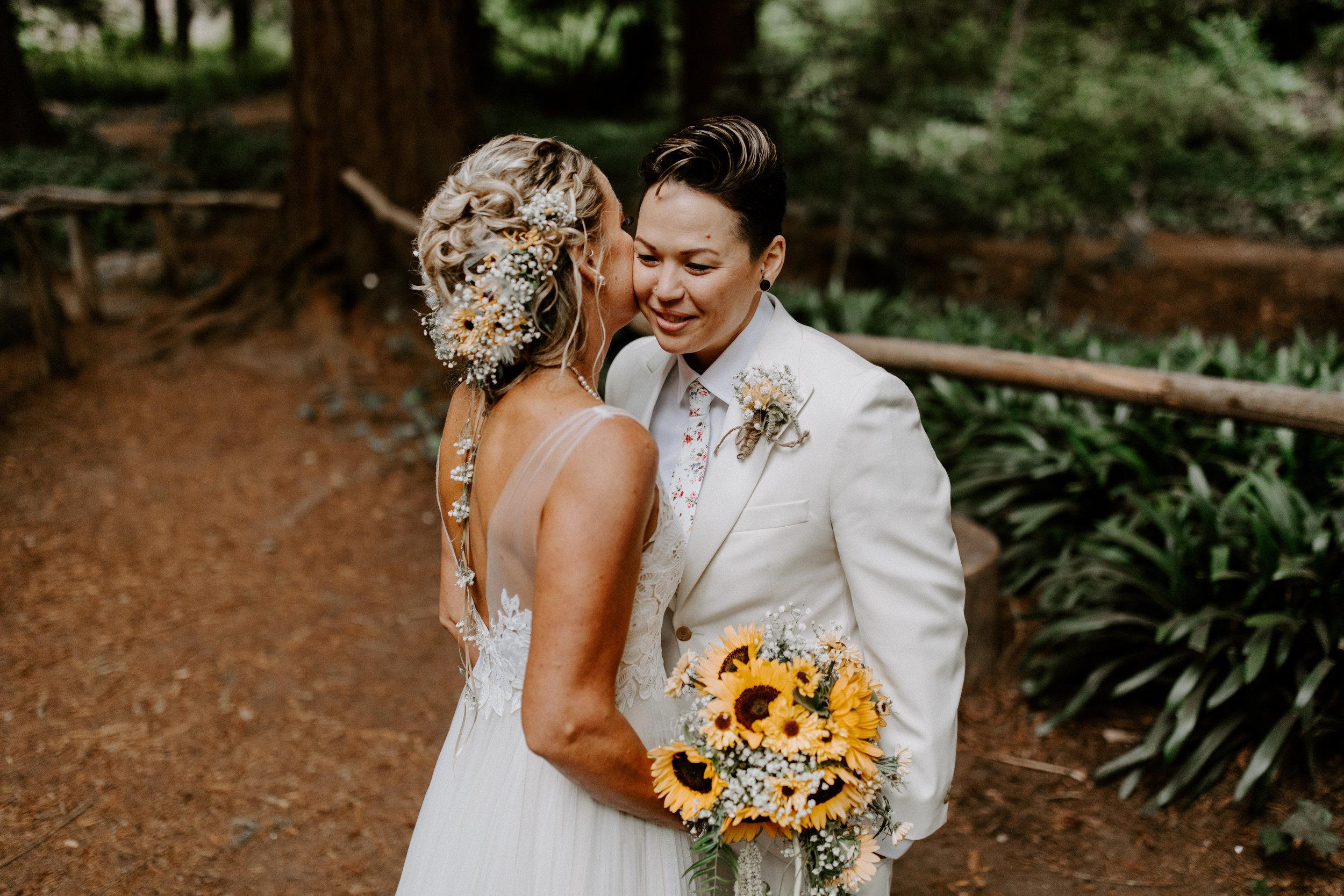 Kelly_+_Megan_Stern_Grove_Trocadero_Clubhouse_San_Fransisco_Wedding_Ellie_Cole-555.jpg