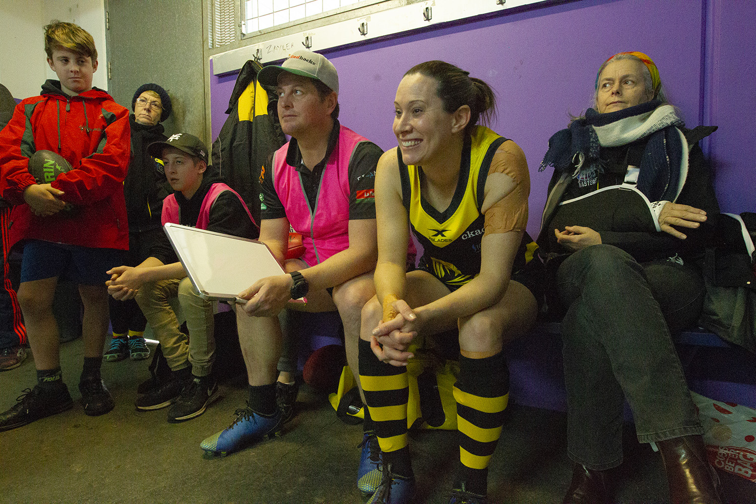 Hay spent the season with her partner Andrew Buckland (at left with whiteboard) as he became assistant coach for the Waverley Warriors!