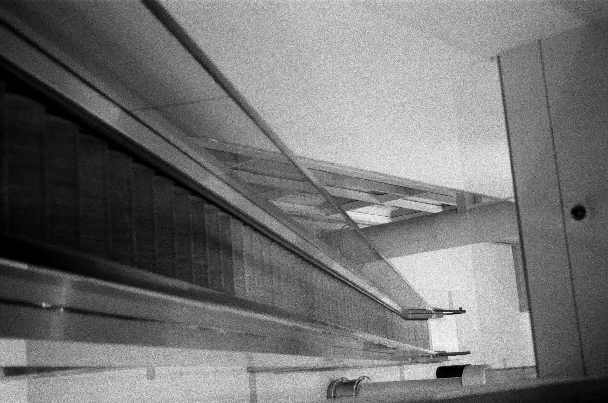 escalator2.jpg