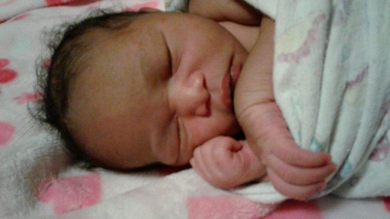 Baby Aryss, Joy's baby, born in water at home