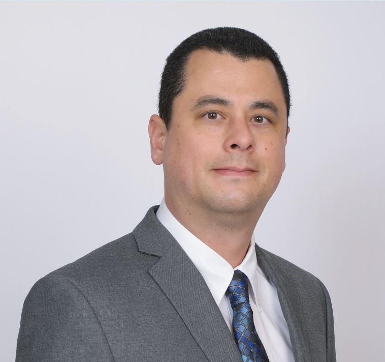 Chris Preecha Adjuster