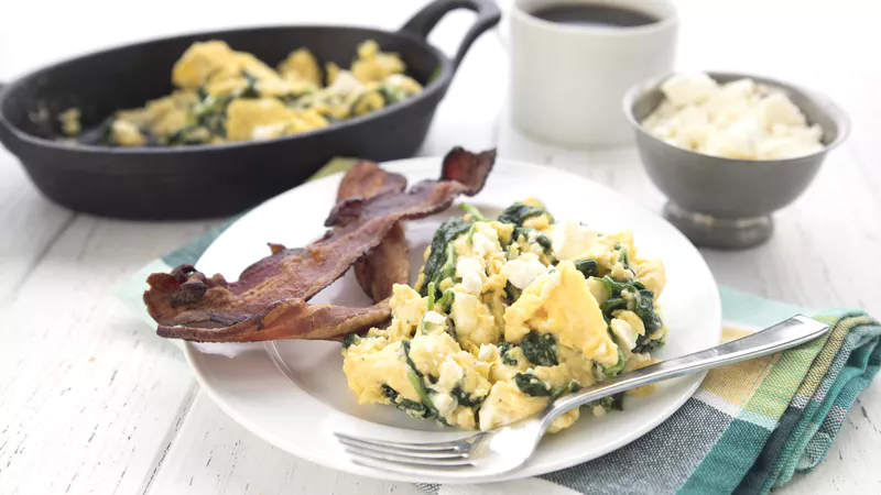 Spinach-and-feta-breakfast-scramble.png