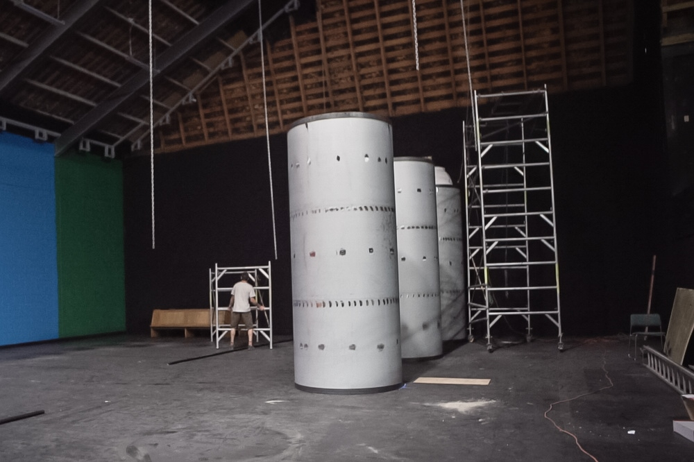 Erecting giant spray cans, Spectrum 2015 Christchurch