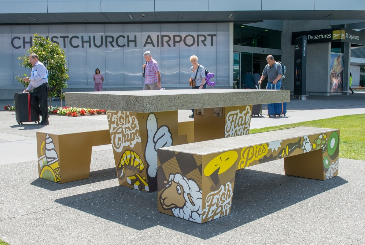 Airport Bench 01.jpg