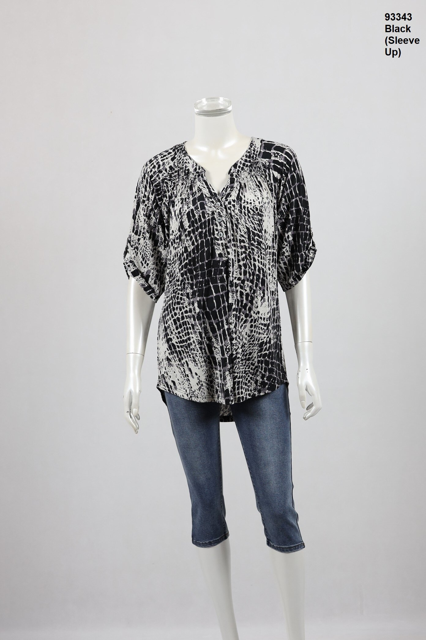 93343-Black-With Sleeve Button Up.JPG