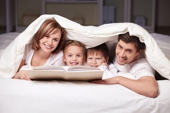 Family-in-Blankets-590 image.jpg