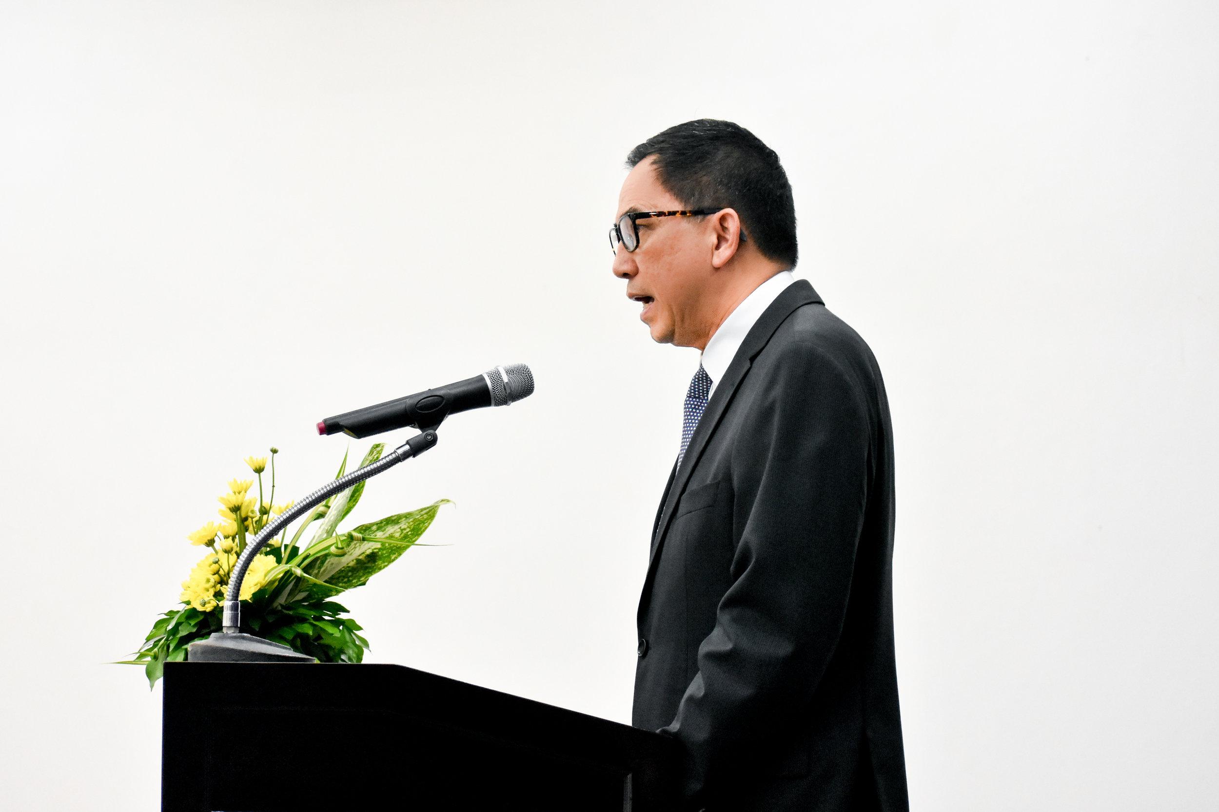 orientation day president (1 of 1).jpg