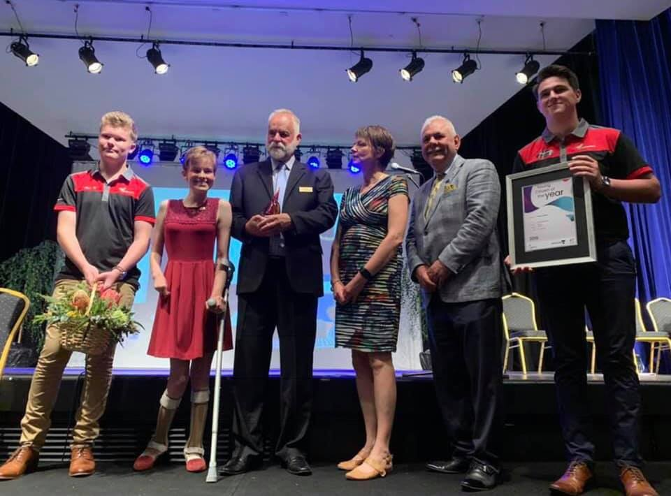 Tessa (2nd from the left) receiving her award as Latrobe City Young Citizen of the Year for 2019.