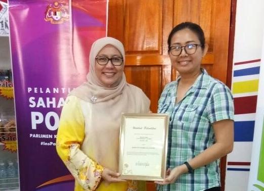 Sahabat P067 - Skuad Sukarelawan Parlimen Kuala Kangsar. Sahabat-sahabatdan sukarelawan menyumbang perkhidmatan melalui kemahiran dan kepakaran mereka dalam sektor-sektor tertentu. Dirasmikan oleh Datin Seri DiRaja Saripah Zulkifli, isteri Menteri Besar Perak Darul Ridzuan.