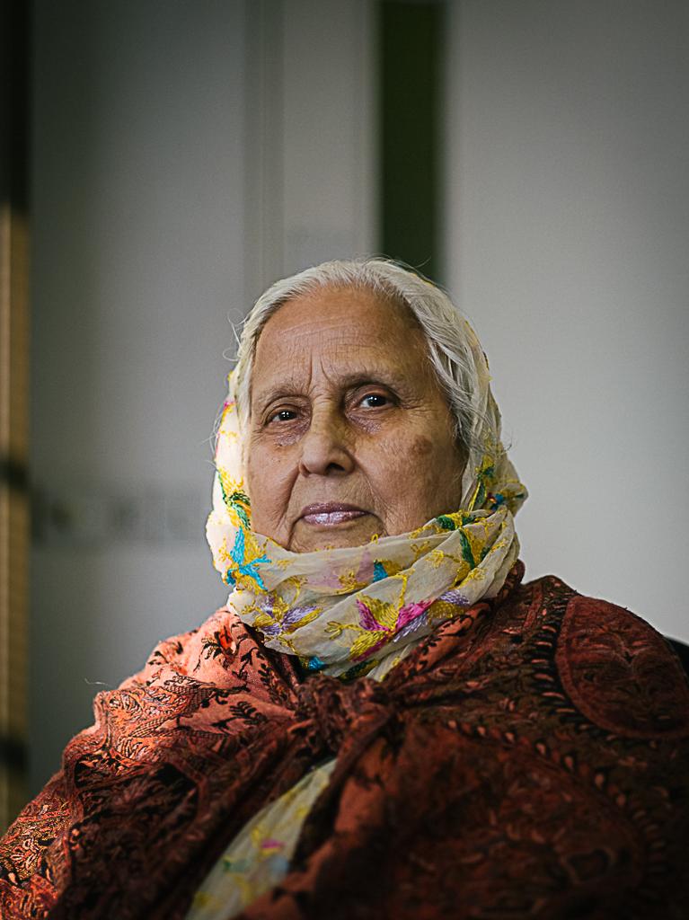 Image 6 Mrs Lakhbir Bain @ Jagdish Patel )