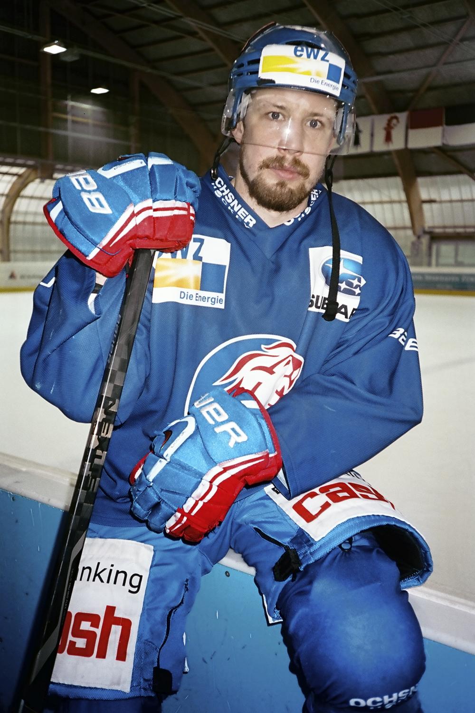 Mathias Seger , Drink Hard Work Hard, Das Magazin