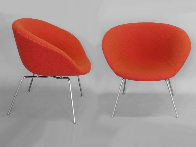 jacobson_pot_chairs_pair_d1_l.jpeg