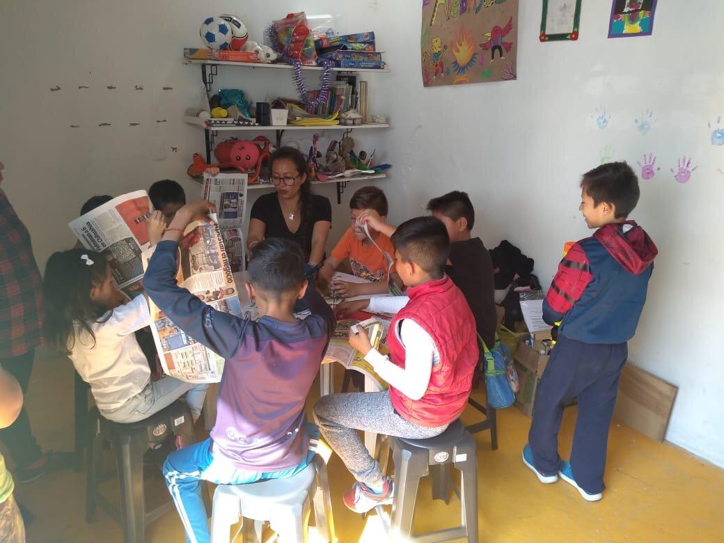 Arts class in Tlapala.jpg