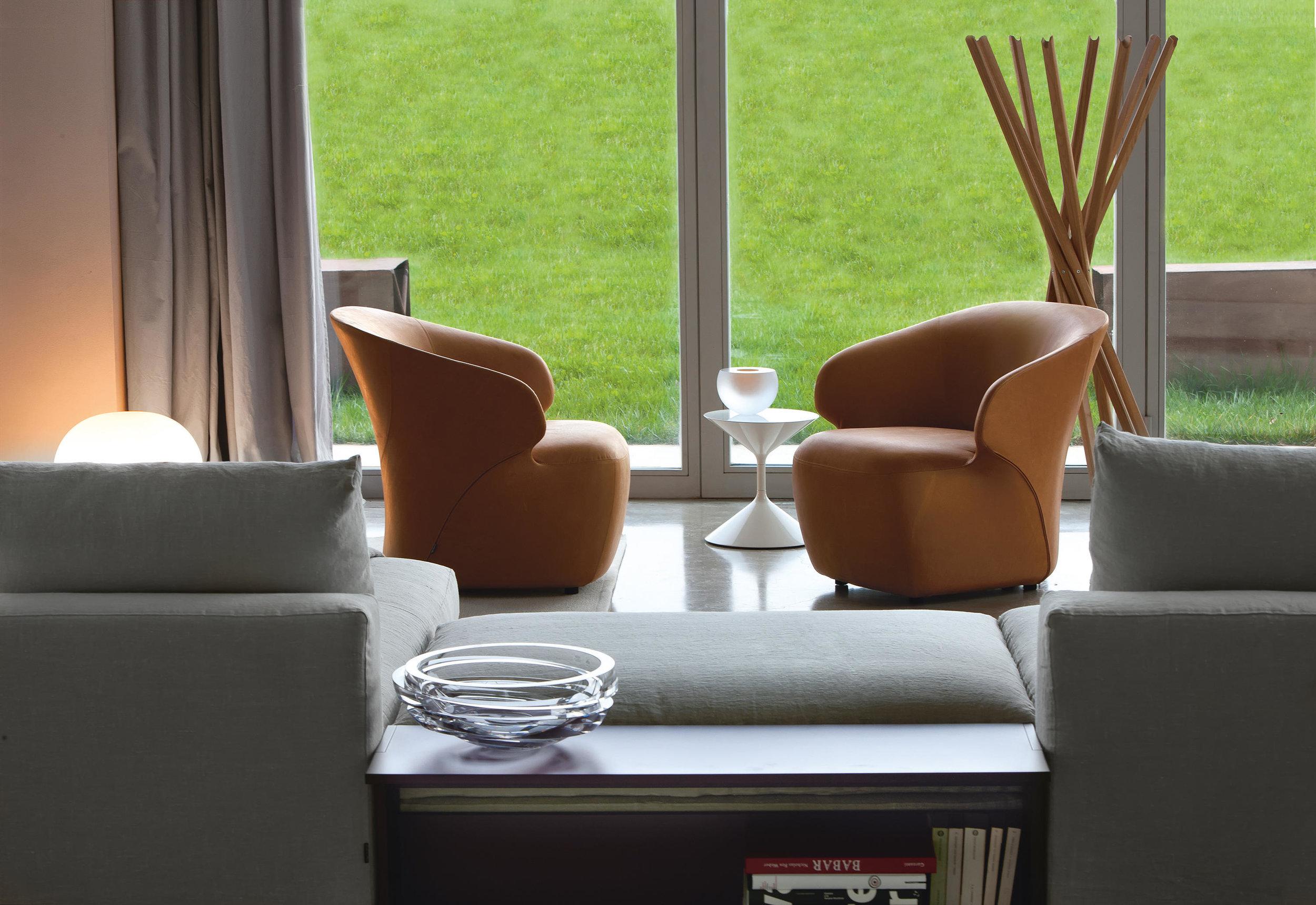 arom-armchair-872-1-ig-b (1).jpg