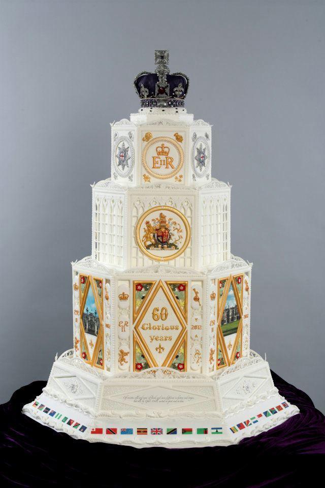 Crown-cake-full.jpg