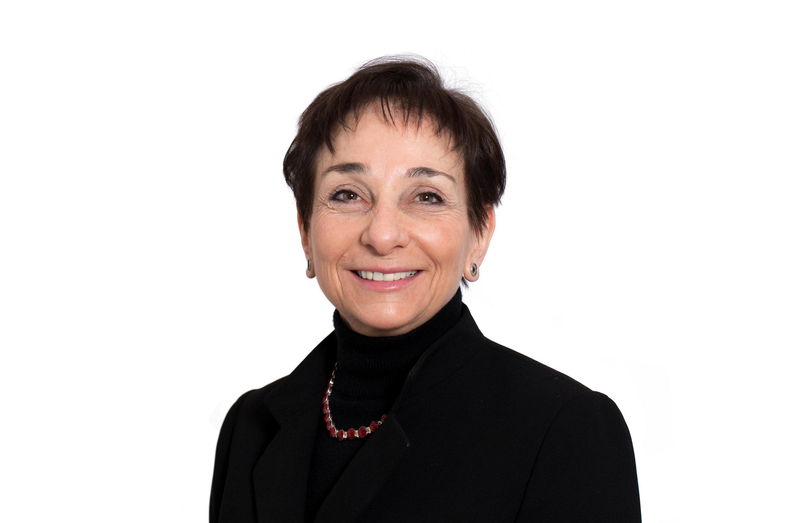 Dr. Eva Grunfeld