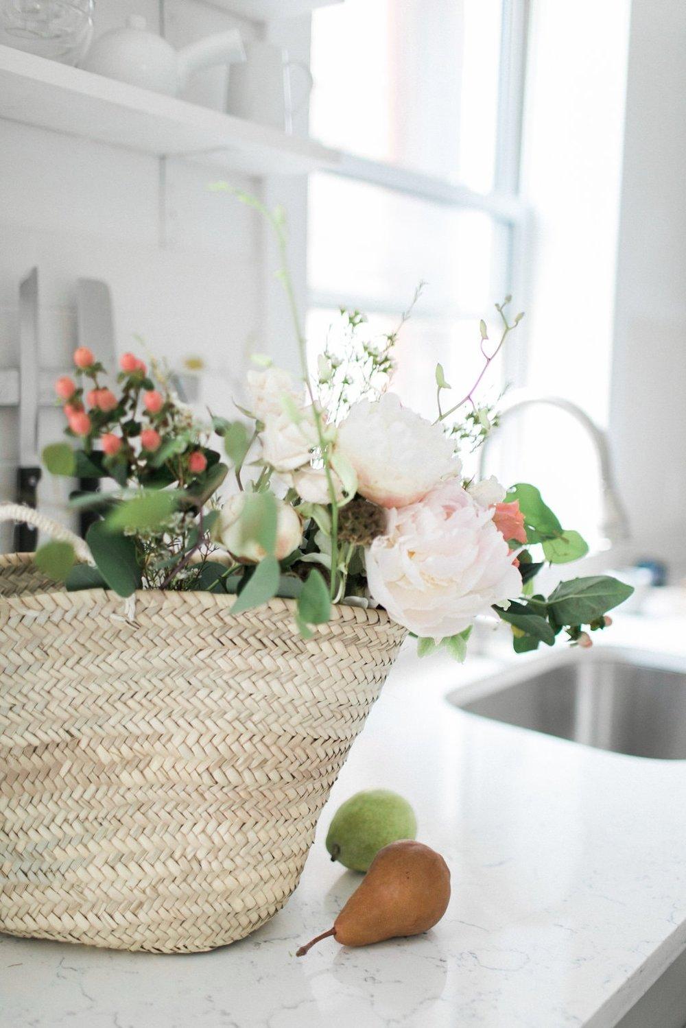 Elegant+Minimal+At-Home+Session+on+Cottage+Hill2.jpg