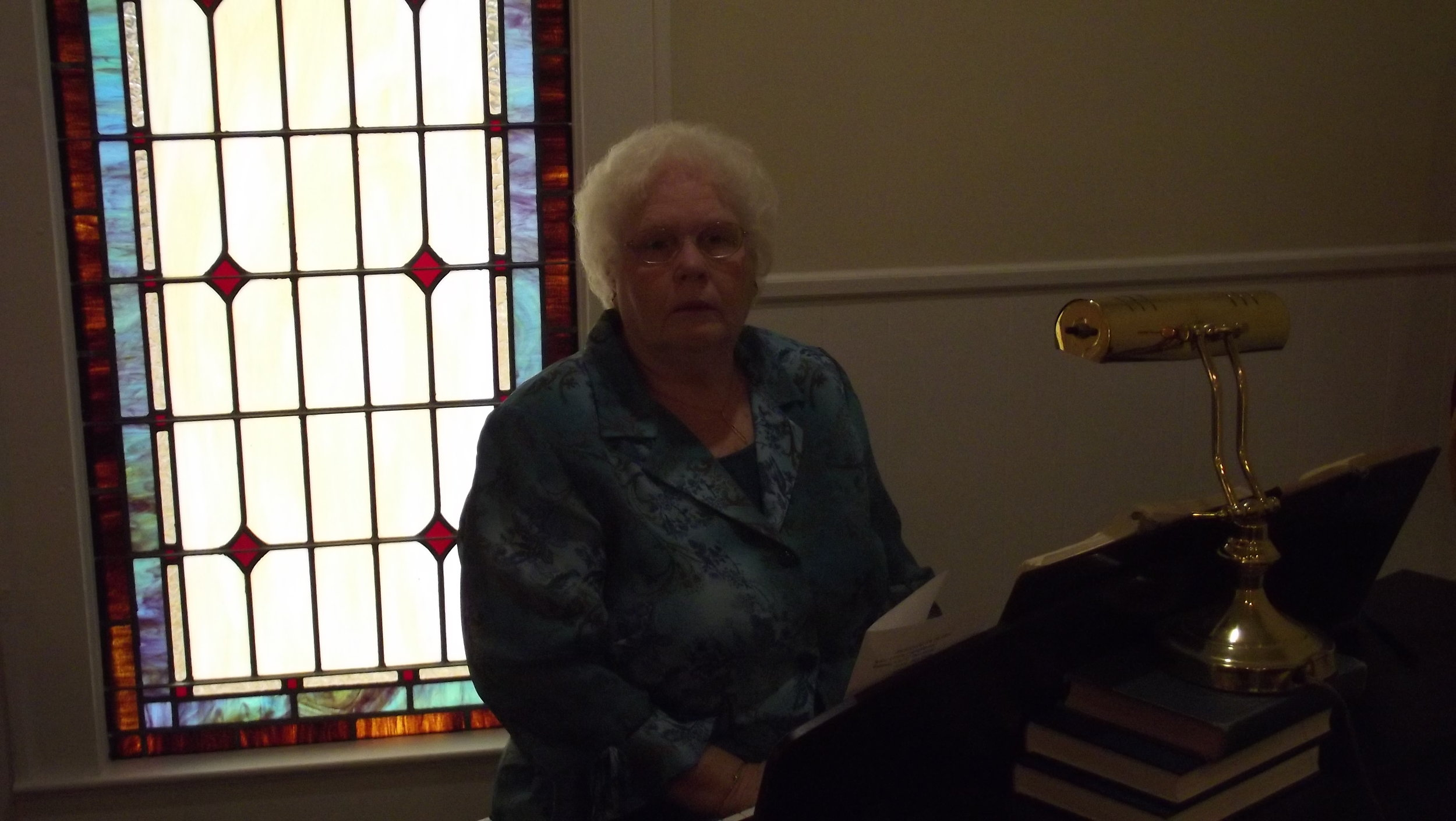 Joan Young Pianist
