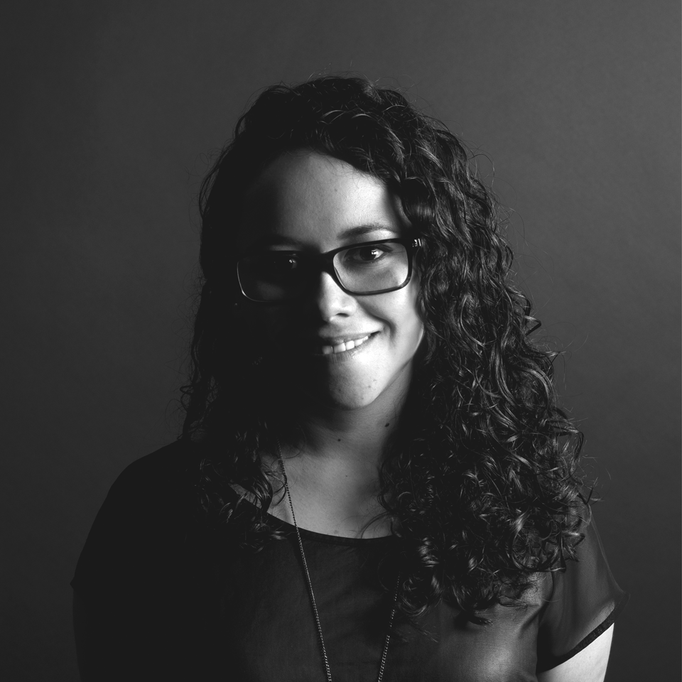 Mentor: Rosy del Río   Digital Invaders Gen. 9  Directora Interactiva en Grupo W  Diseñadora gráfica por la Universidad Iberoamericana Campus Laguna, a su dirección están proyectos para Coca-Cola, Volkswagen, Las Alitas, Mitsubishi y Fiat en el desarrollo de sitios web y aplicaciones móviles.