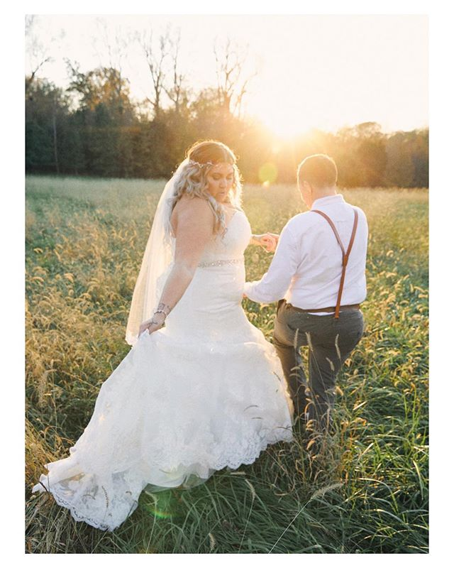 Thank you for having me photograph your wedding @kthabarber27 these photos are so dreamy and pretty! I hope you and Cole love them for years and years to come!