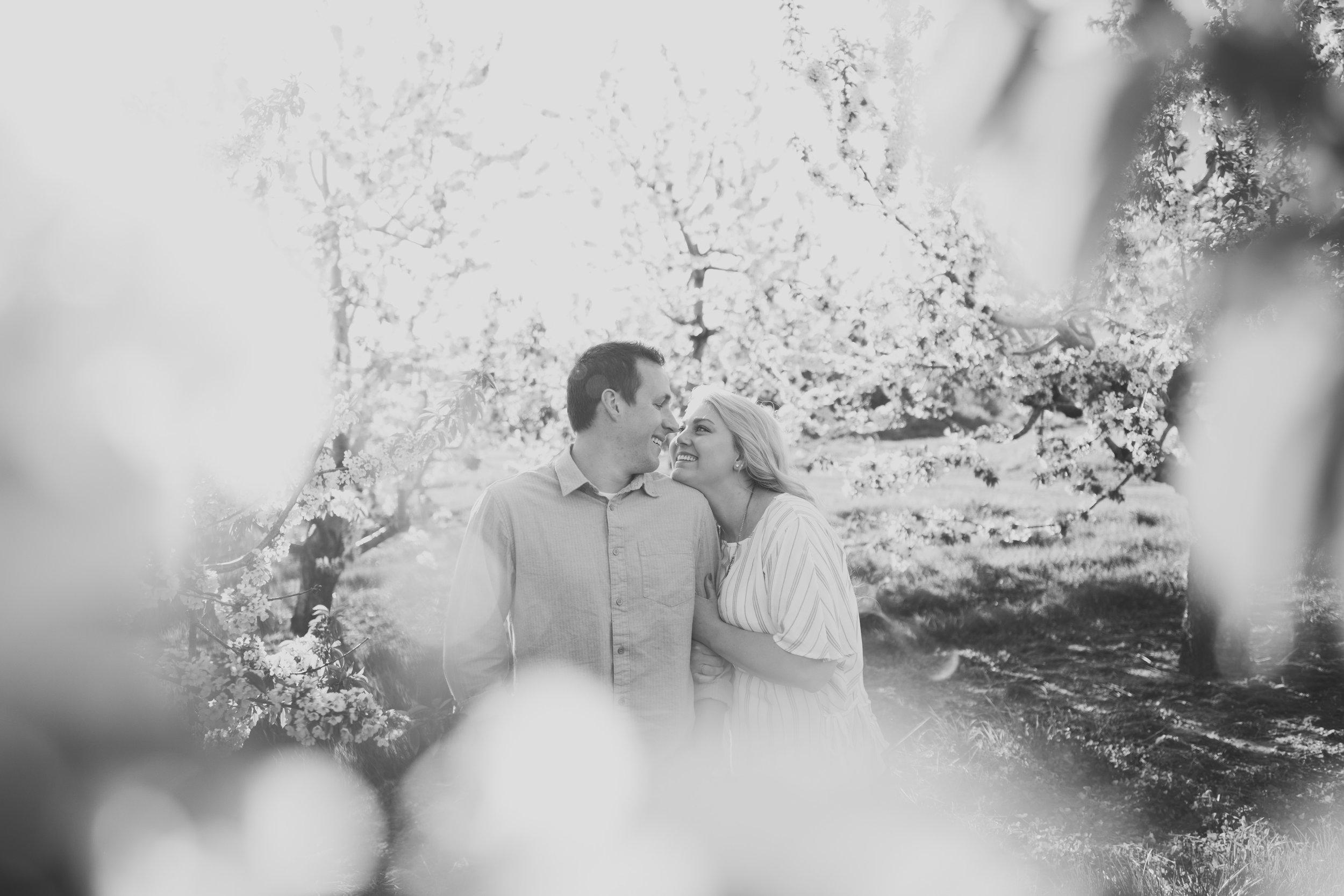 Grand Rapids Photographer - J Darling Photo - jessica darling - grand rapids wedding photographer - sparta airport - sparta michigan - jasmine and jeff engaged 016.jpg
