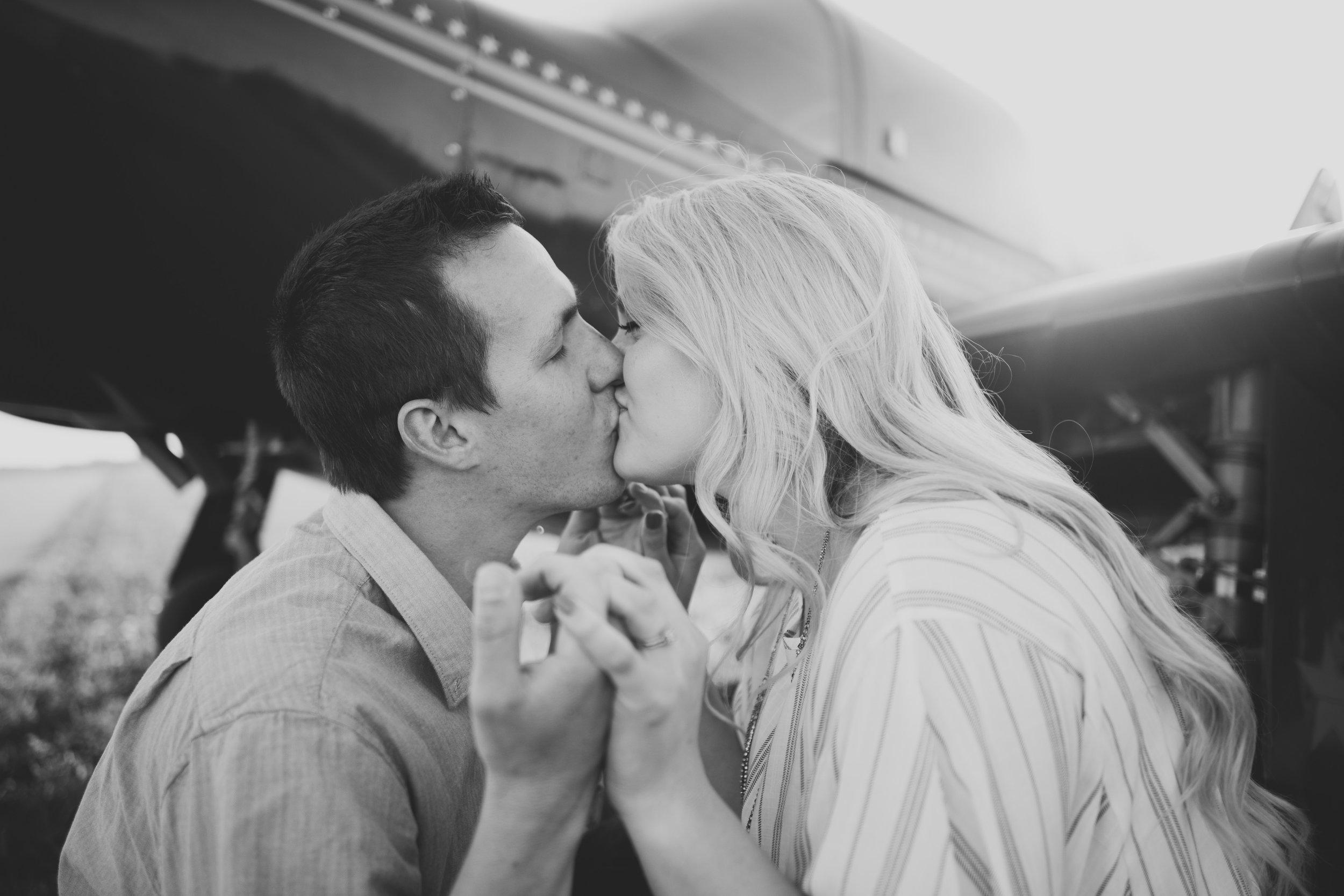 Grand Rapids Photographer - J Darling Photo - jessica darling - grand rapids wedding photographer - sparta airport - sparta michigan - jasmine and jeff engaged 031.jpg