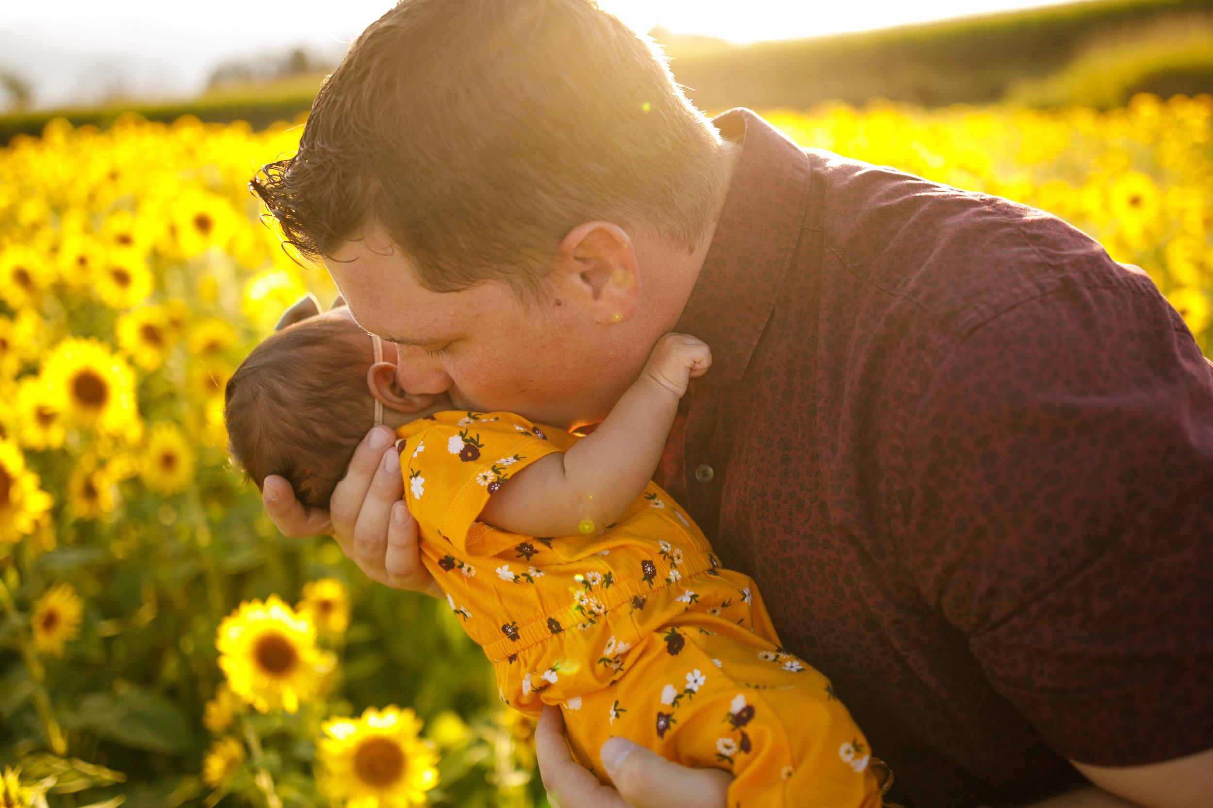 Morris Family Summer 2019 - Grand Rapids Photographer - Grand Rapids Family Photographer - Ed Dunneback and Girls - J Darling Photo 006.jpg