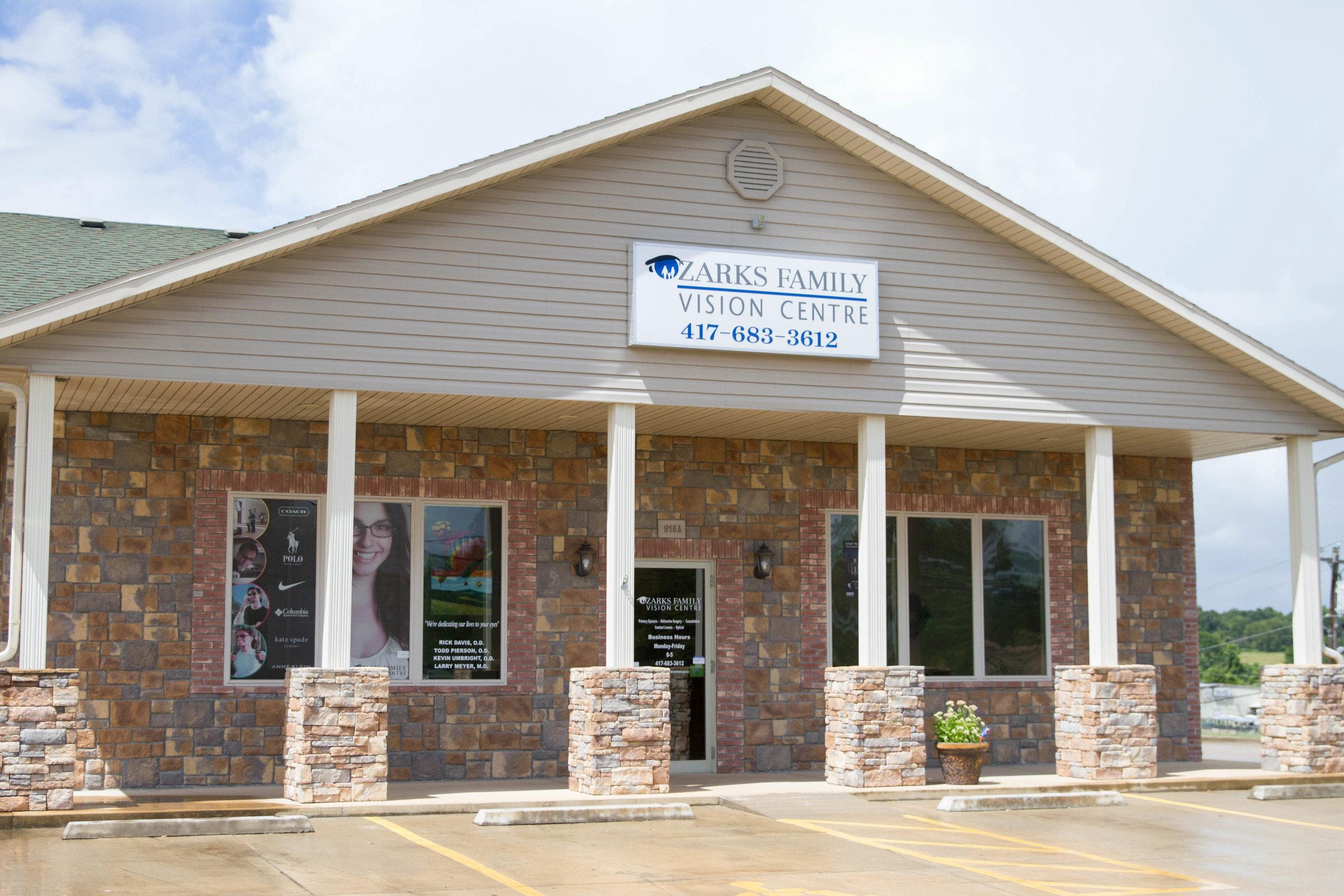 Ozark Family Vision Centre - Ava