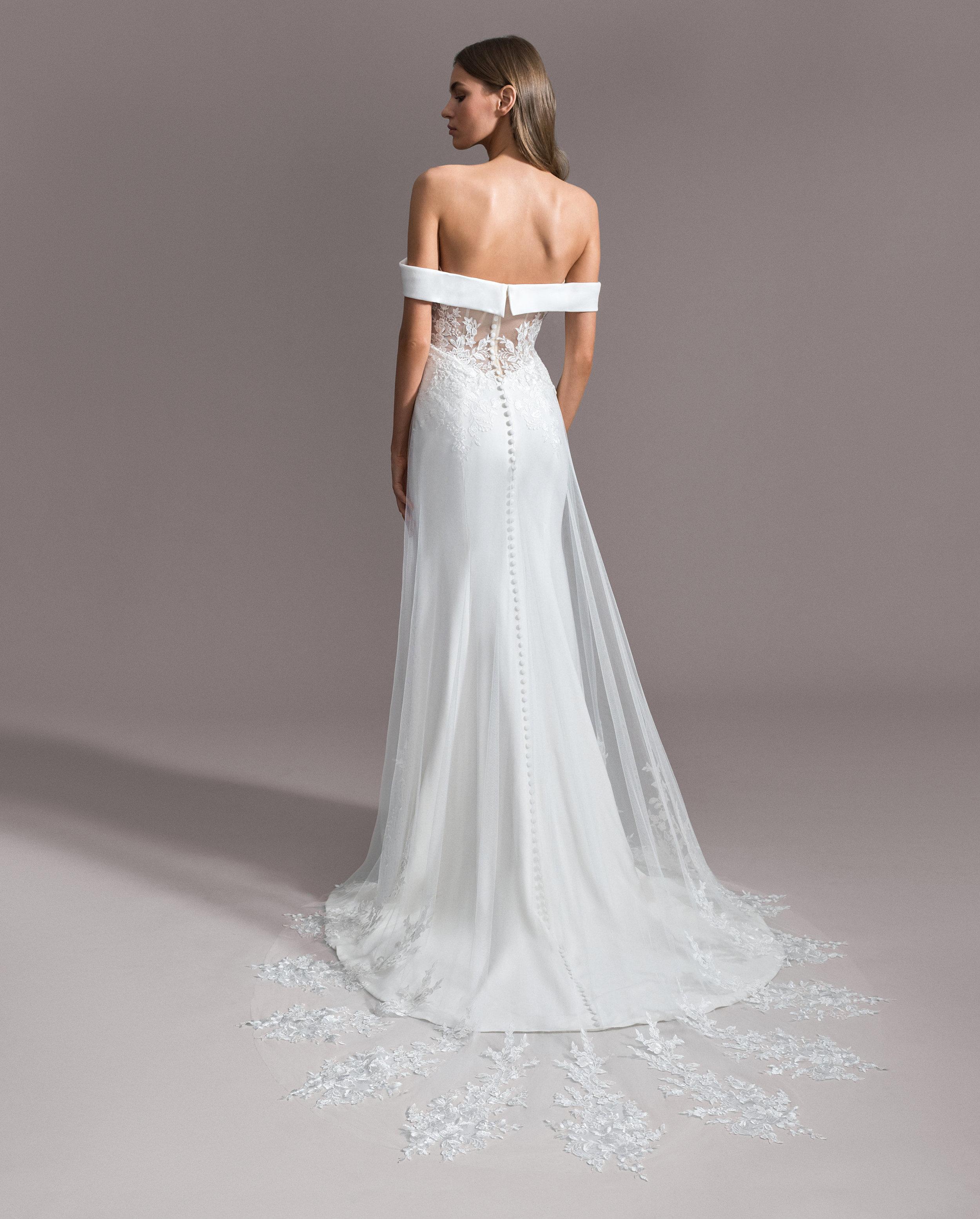 Style 7951: Allegra