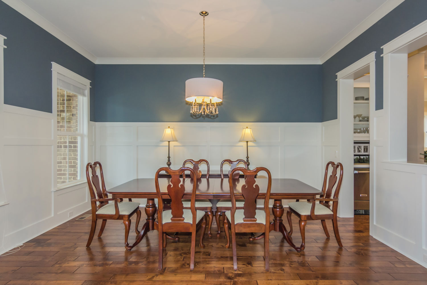 911-Seabrook-Court-dining-room.jpg