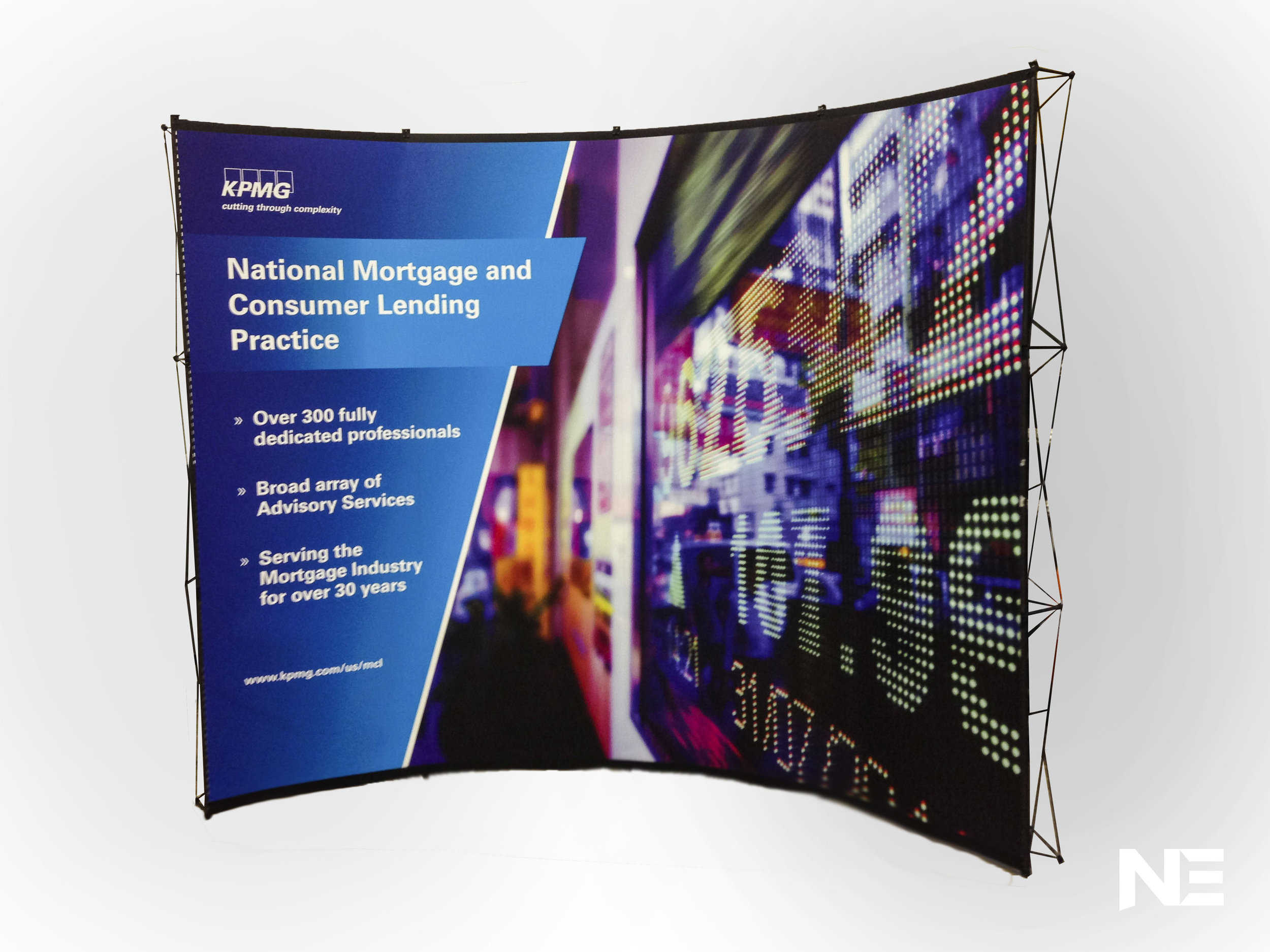 Pop-Up Displays - From traditional roll up laminated panels to cutting edge one-piece fabric murals, in all shapes and sizes.