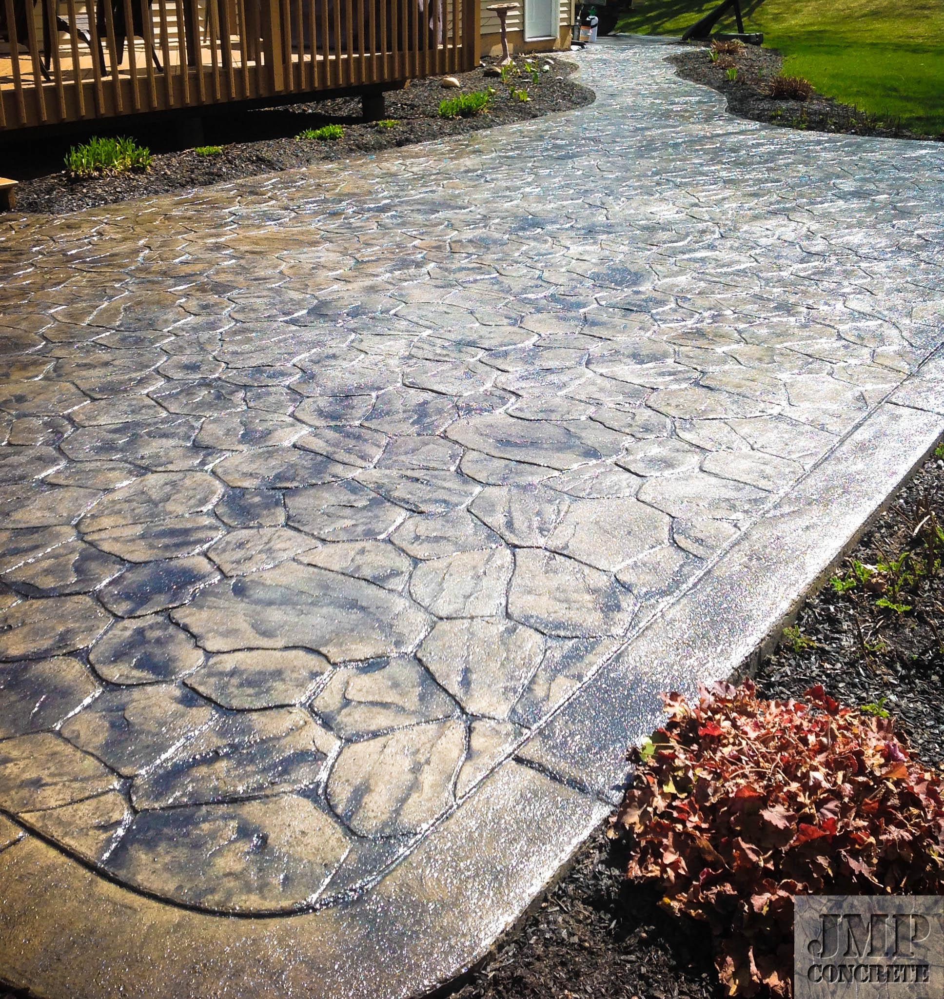 random stone patio2.jpg