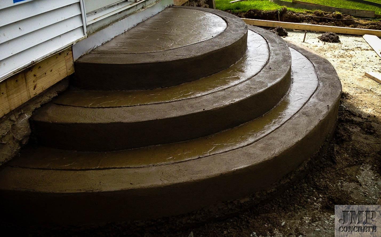 steps curved.jpg