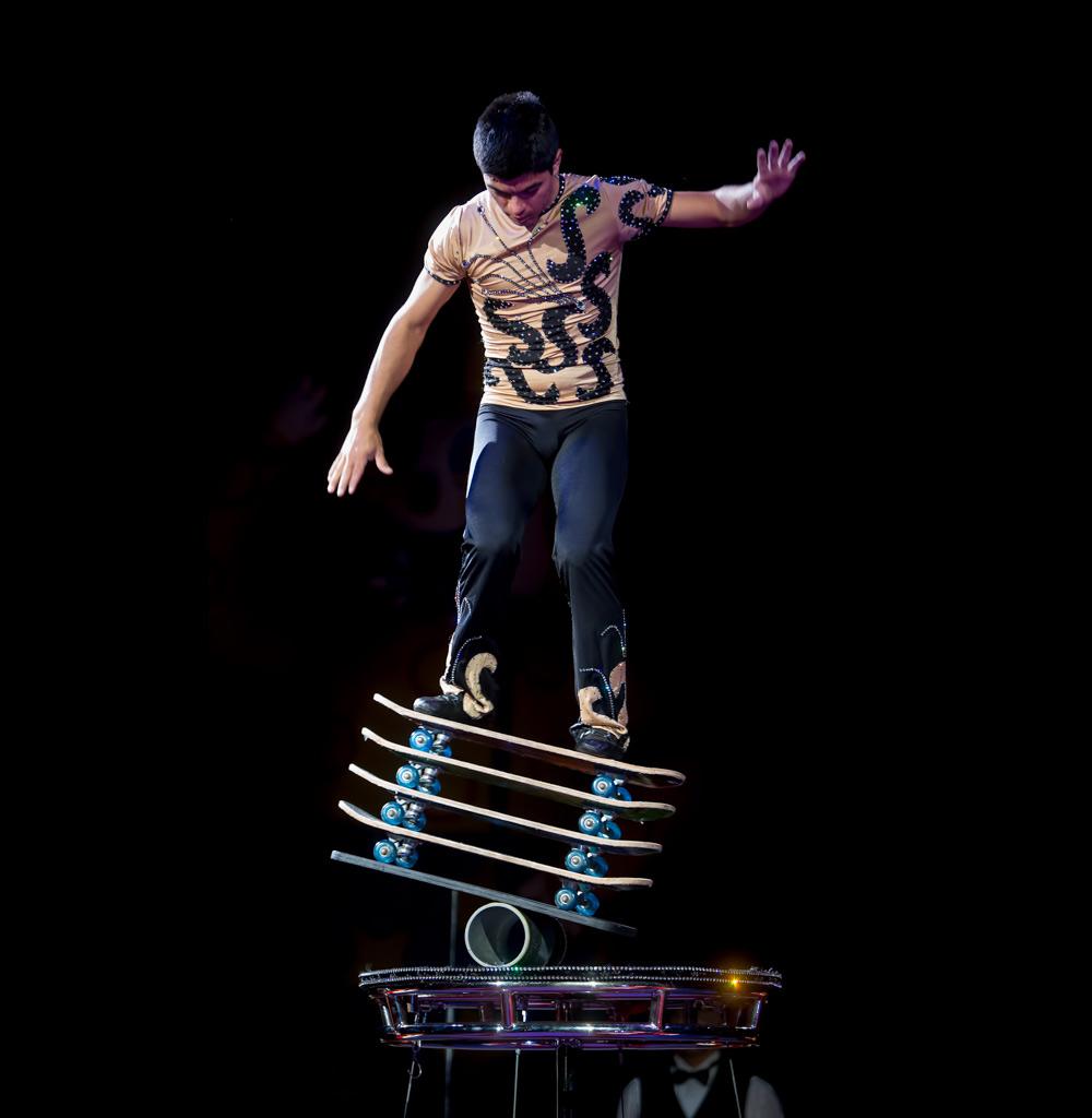 Jonathan_Rinny_Rolla_Bolla_Skateboard_Trick.jpg