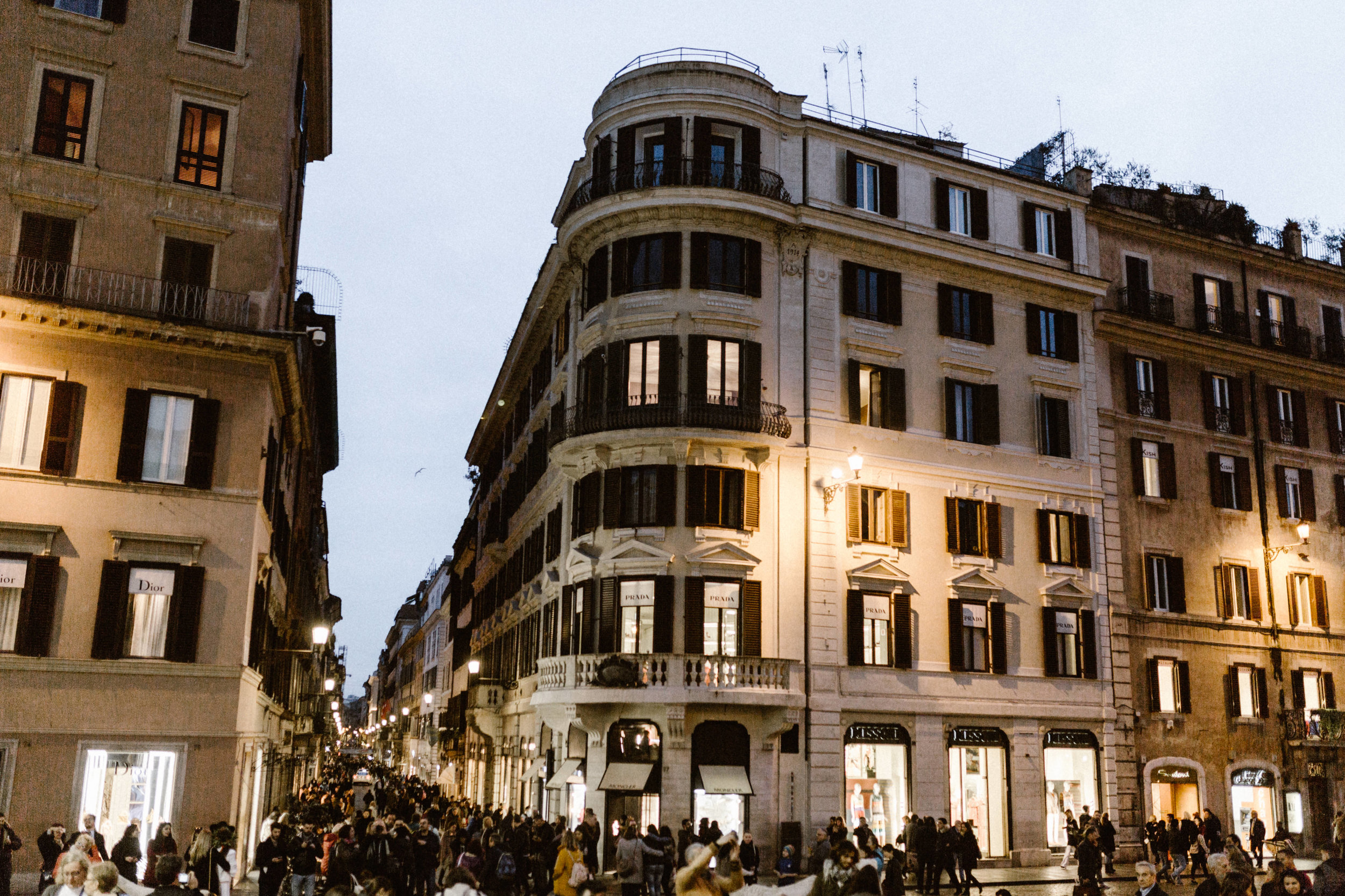Piazza Di Spagni