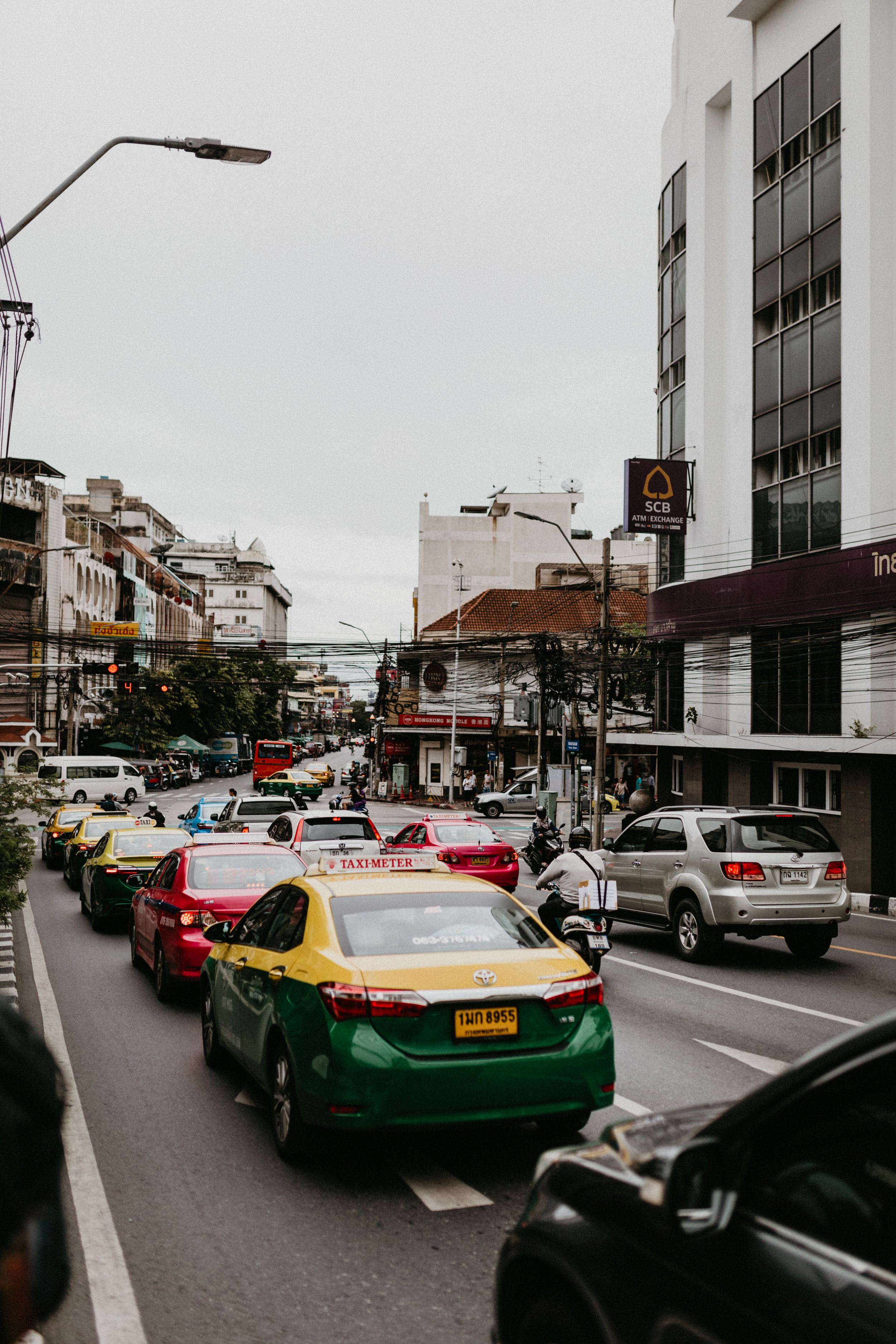 grab taxi in bangkok thailand.jpg