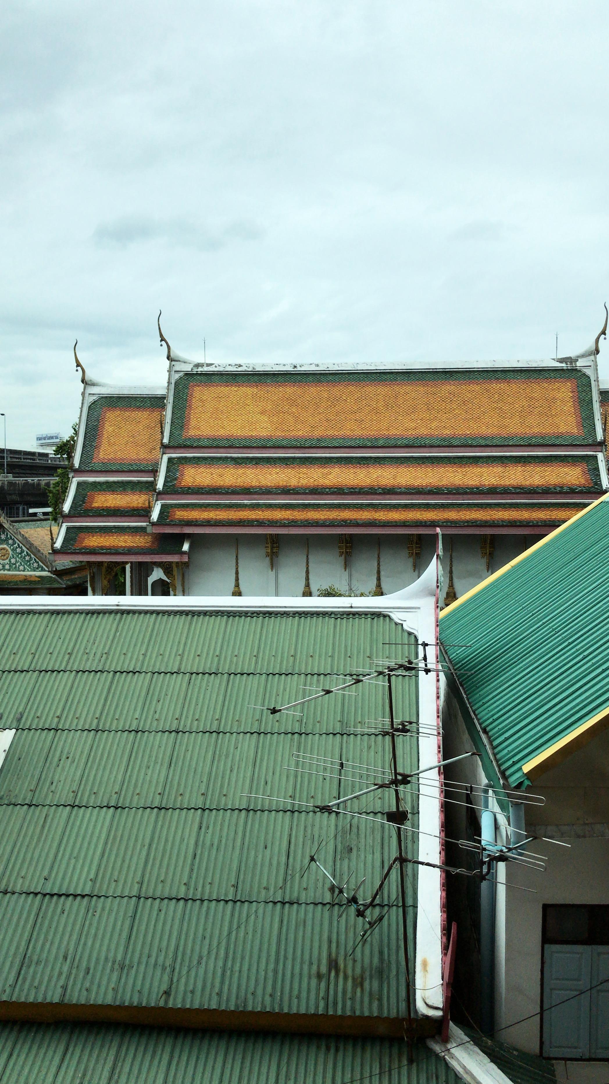 roof view from hotel window bangkok.JPG